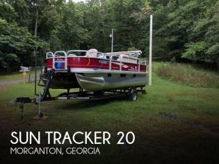 Sun Tracker 20 Bass Buggy DLX