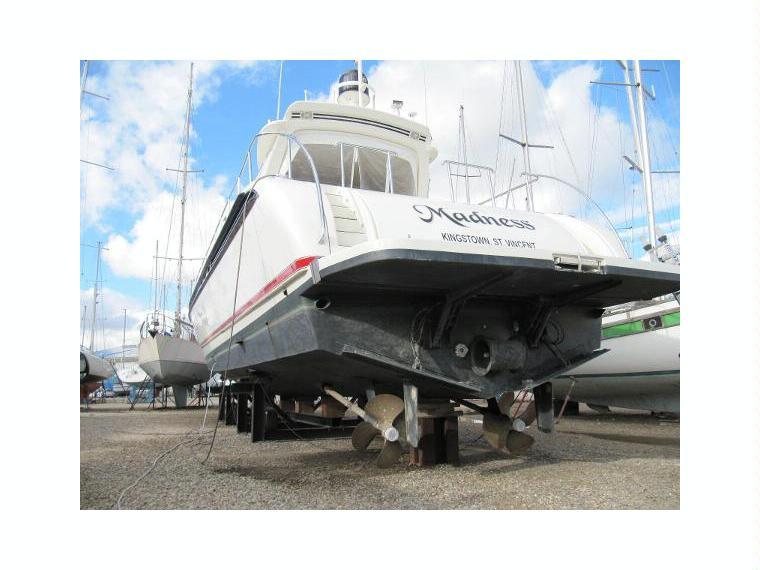 Arno leopard 23 sport en port navy service bateaux - Navy service port saint louis du rhone ...
