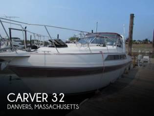 Carver Montego 3257 Mid Cabin
