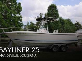 Bayliner Trophy 2503 CC