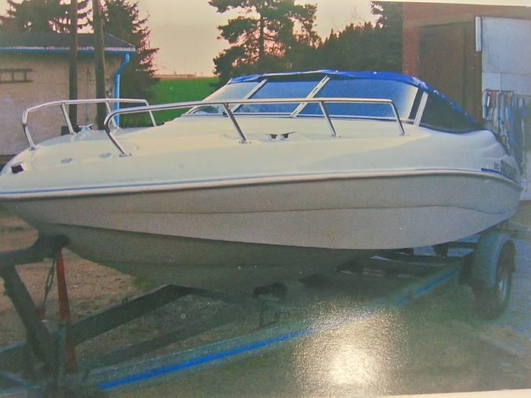 quicksilver qs 550 sport en allemagne bateaux moteur d 39 occasion 55310 inautia. Black Bedroom Furniture Sets. Home Design Ideas