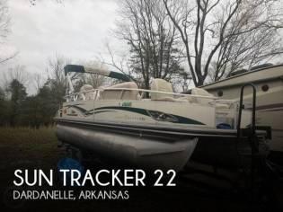 Sun Tracker 22 Party Barge Regency Sport Fish