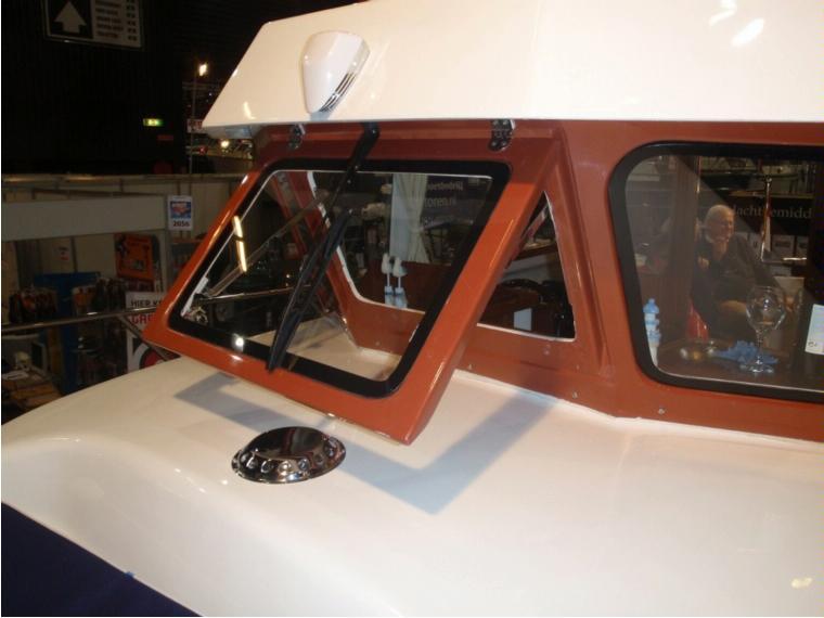 mini trawler en allemagne bateaux moteur d 39 occasion 53504 inautia. Black Bedroom Furniture Sets. Home Design Ideas