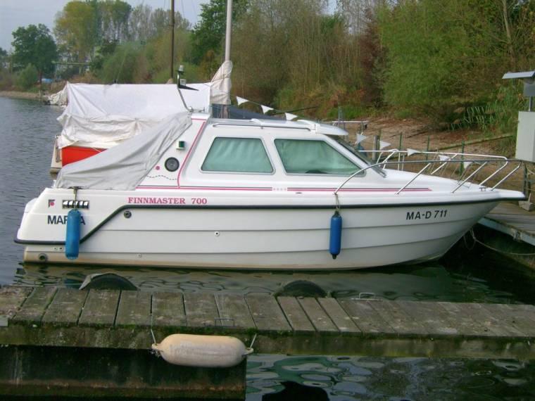 finnmaster 700 safir en allemagne bateaux moteur d 39 occasion 55549 inautia. Black Bedroom Furniture Sets. Home Design Ideas