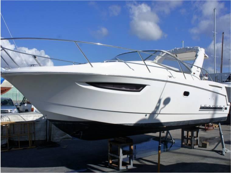 jeanneau leader 8 en m de portim o bateaux avec cabine d 39 occasion 52545 inautia. Black Bedroom Furniture Sets. Home Design Ideas