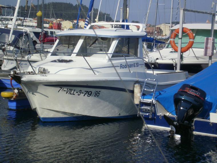 rodman 620 en puerto deportivo cangas bateaux avec cabine d 39 occasion 45757 inautia. Black Bedroom Furniture Sets. Home Design Ideas