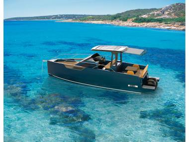 Nuva Yachts   M9 Open