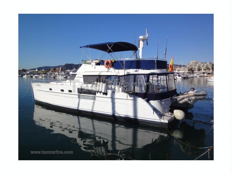 fountaine pajot cumberland 44 en port bal s catamarans moteur d 39 occasion 50485 inautia. Black Bedroom Furniture Sets. Home Design Ideas