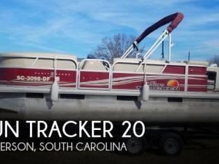 Sun Tracker 20