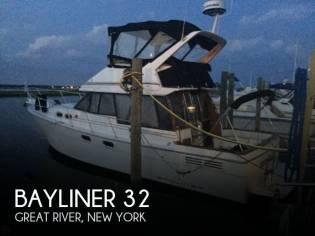 Bayliner 32