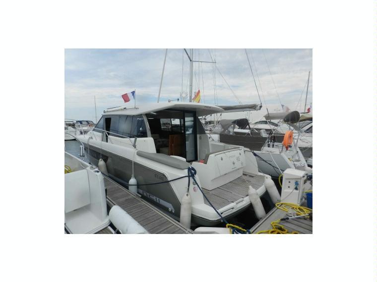 jeanneau nc 11 ac41396 en france bateaux avec cabine d 39 occasion 64851 inautia. Black Bedroom Furniture Sets. Home Design Ideas
