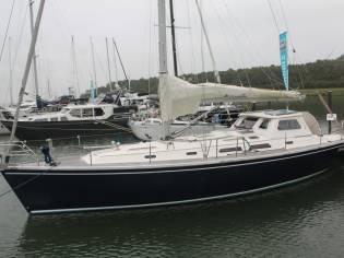 Hanse Yachts Hanse 411 Doghouse