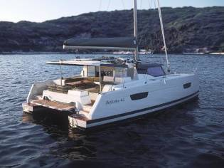 Fountaine Pajot Astrea