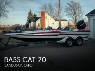 Bass Cat 20