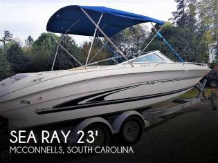 Sea Ray 230 Signature Bowrider