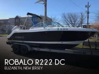 Robalo R-227 Dual Console