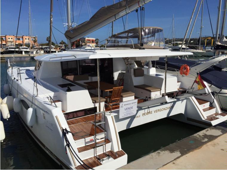 fountaine pajot helia 44 en marina de denia catamarans voile d 39 occasion 70675 inautia. Black Bedroom Furniture Sets. Home Design Ideas