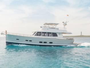 Sasga YachtsMENORQUIN 68