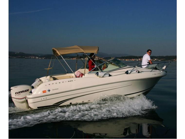 jeanneau leader 625 en marina vilagarc a bateaux moteur d 39 occasion 56654 inautia. Black Bedroom Furniture Sets. Home Design Ideas