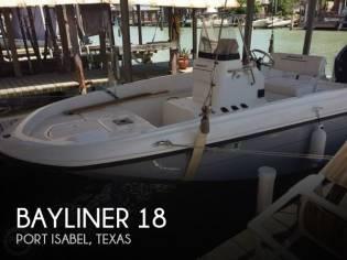 Bayliner Element F-18