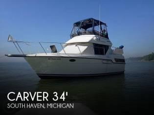 Carver 300 Aft Cabin