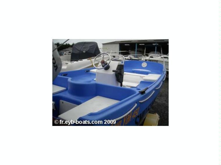 fun yak 450 en reste du monde bateaux moteur d 39 occasion 85410 inautia. Black Bedroom Furniture Sets. Home Design Ideas