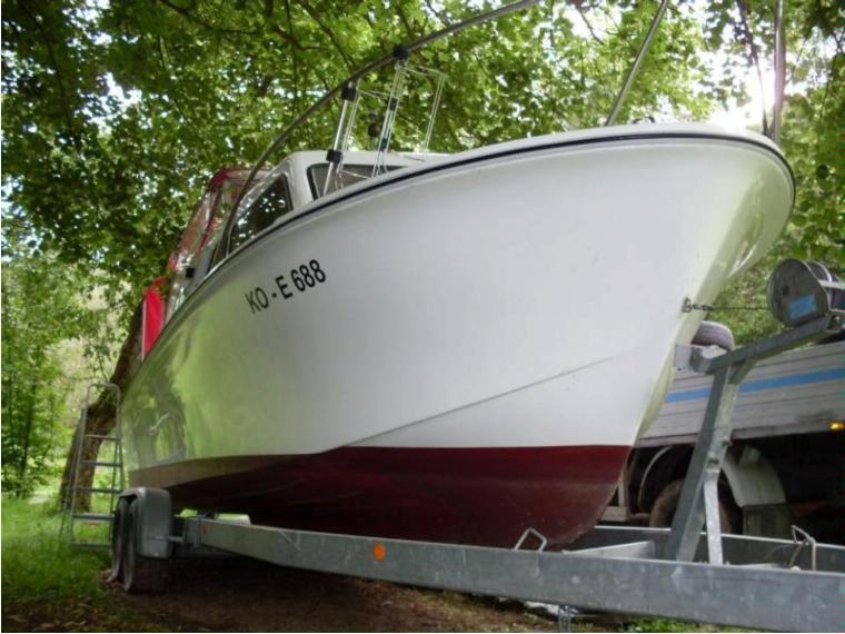 ancas queen 24 skandinavier en allemagne bateaux moteur d 39 occasion 00495 inautia. Black Bedroom Furniture Sets. Home Design Ideas