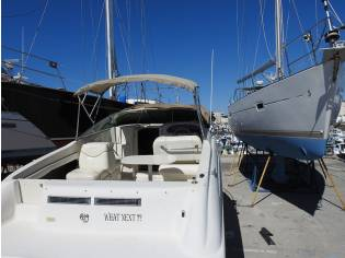 SEA RAY 215 express crusier
