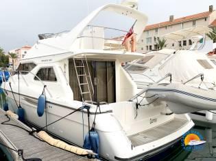 Princess Yachts 360 Fly