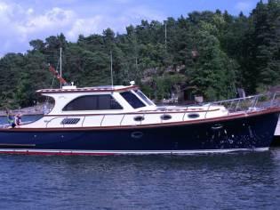 Rapsody 40 Ft Offshore