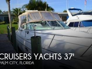 Cruisers Yachts 3570 Esprit