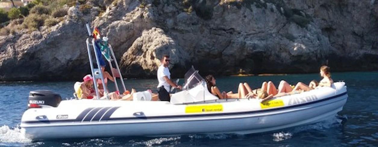 Smile Boat Rental Photo 3