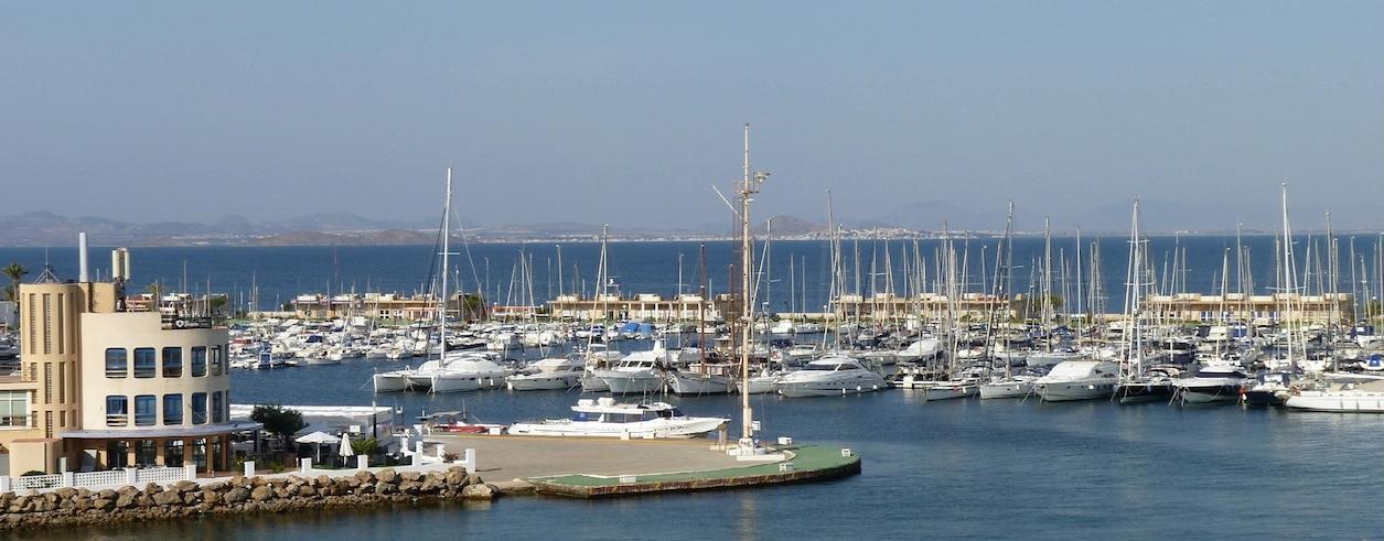 J. Olivares Yacht Broker Photo 3