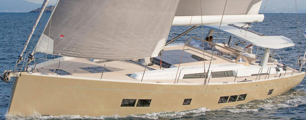 Flash Action Yachting Photo 1