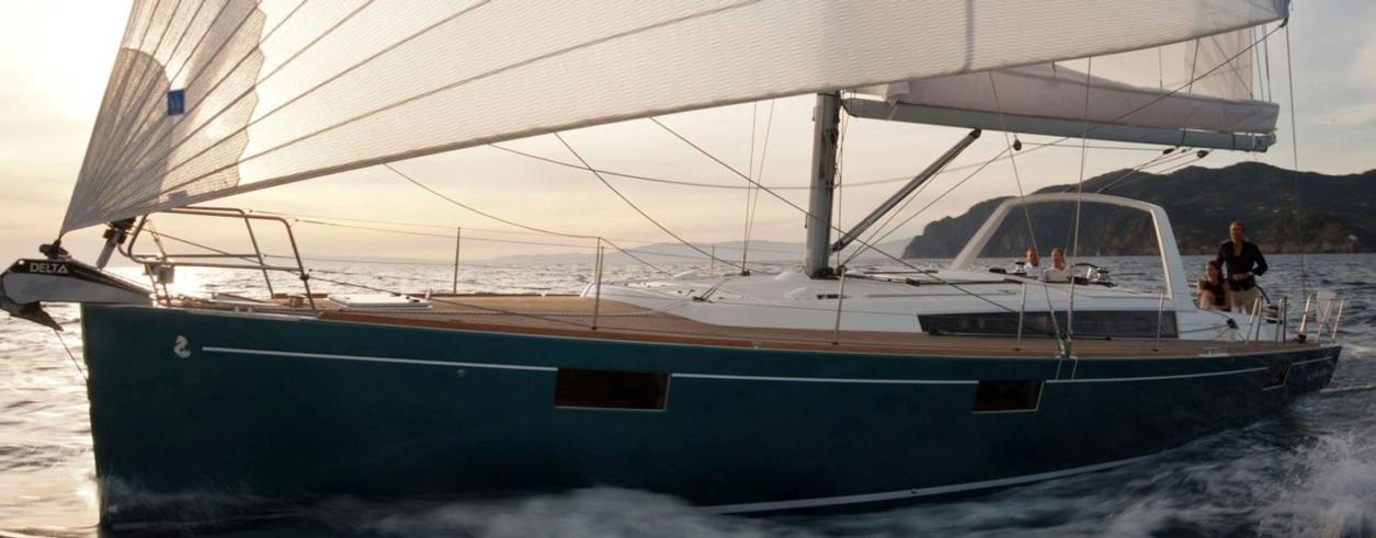 Flash Action Yachting Photo 2