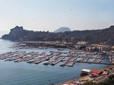 Porto di Baia Campanie