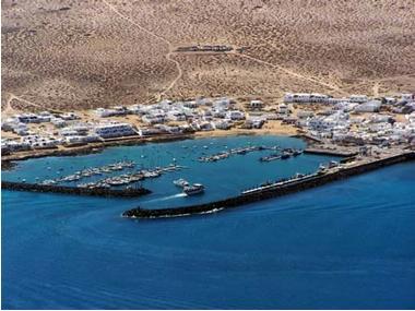 Puerto de la Graciosa Lanzarote