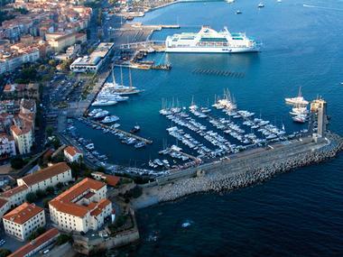 Port de plaisance Tino Rossi Corse