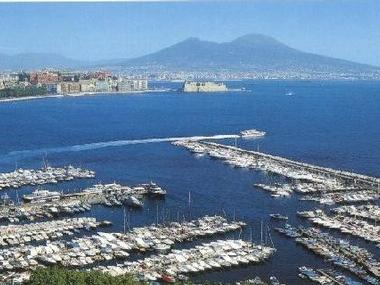 Porto di Mergellina Campanie