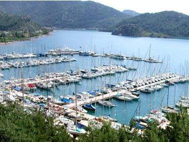 Akdeniz Marti Marina Istamboul