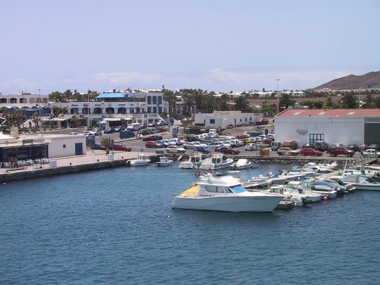 Puerto del carmen ports de plaisance en lanzarote inautia - Port del carmen lanzarote ...