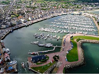 Port de Saint-Vaast la Hougue Manche
