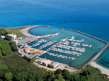 Port Taverna Corse