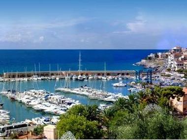 Porto di Marina di Camerota Campanie