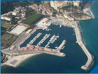Porto di Tropea Calabre