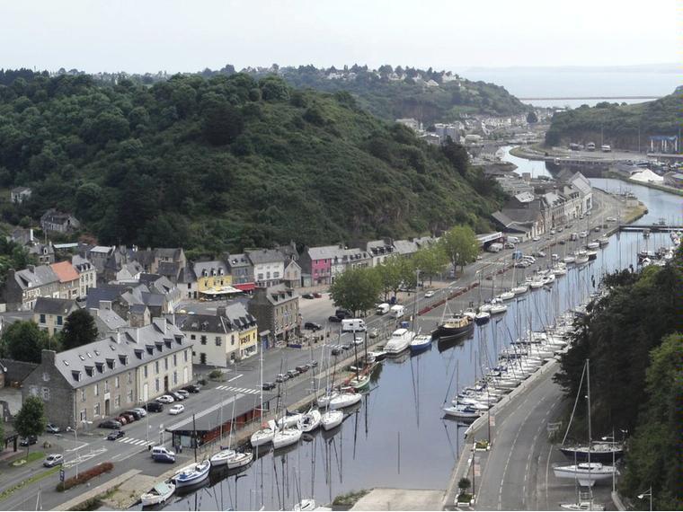 Port de saint brieuc le l gu ports de plaisance en - Piscine saint brieuc ...