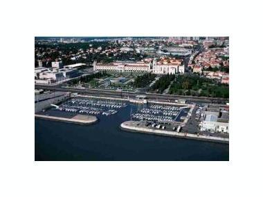 Porto de Lisboa - Doca de Bélem Lisbonne