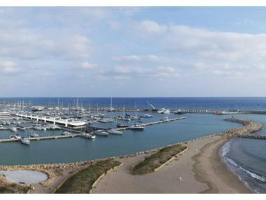 Port ginesta ports de plaisance en barcelone inautia - Port de plaisance barcelone ...