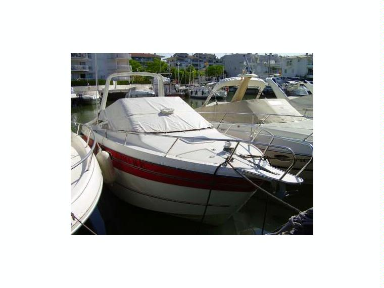 jeanneau leader 750 en marina port d aro bateaux moteur d 39 occasion 54694 inautia. Black Bedroom Furniture Sets. Home Design Ideas