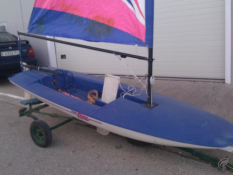 Kite tender, un dériveur pour le kite Topper-sailboat-topper-elite-43749040122569567057685749544565x